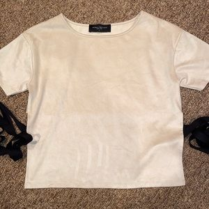 AKIRA CHICAGO creme colored top